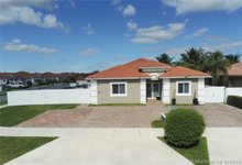416 Se 17th Ave , Homestead, FL, 33033 - MLS A10657160